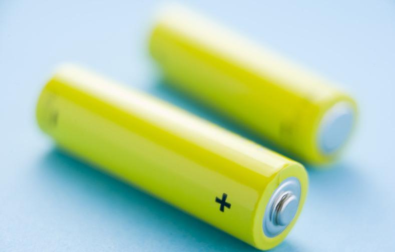 新突破:新材料让锂离子电池容量大幅提升