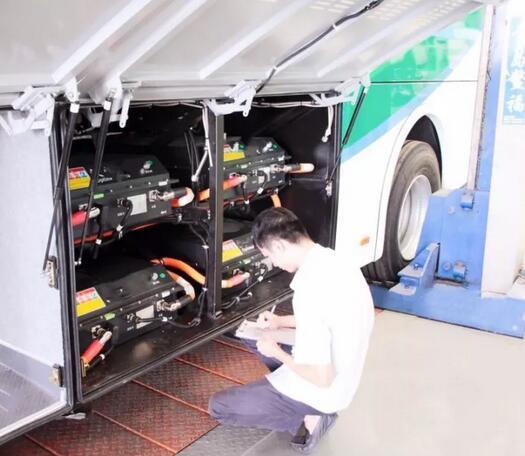 五洲龙发力氢燃料电池 一批燃料电池客车投放山西大同