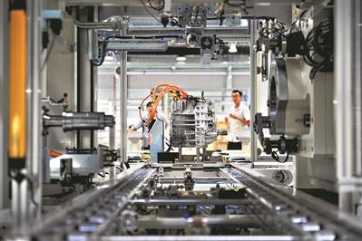 科力远CHS佛山基地首条混合动力总成系统的生产线