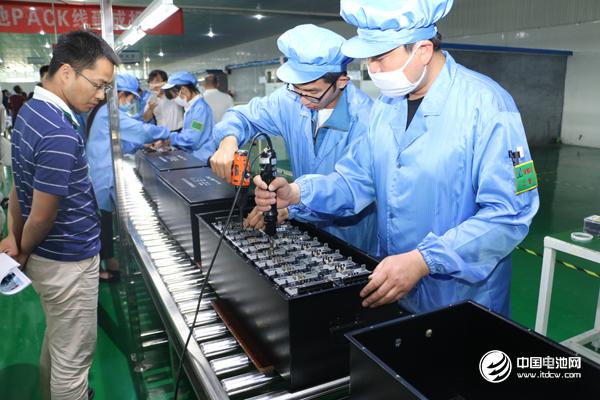 工信部:推进长三角新能源汽车动力蓄电池回收利用试点工作
