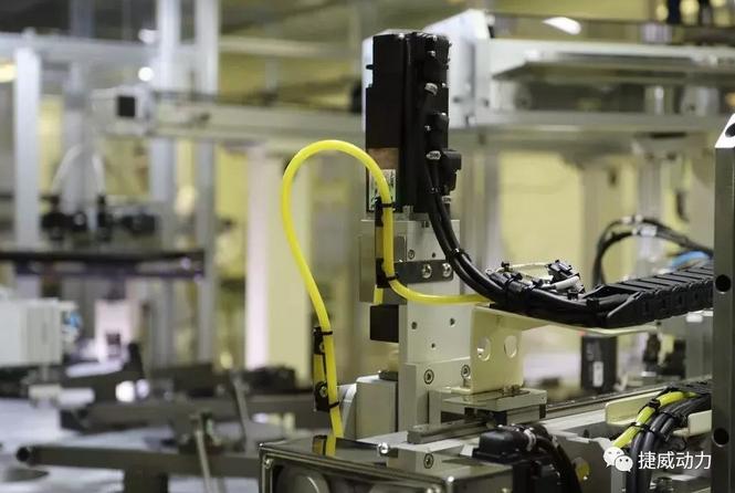 复星携手捷威动力布局新能源产业 提升动力电池产能
