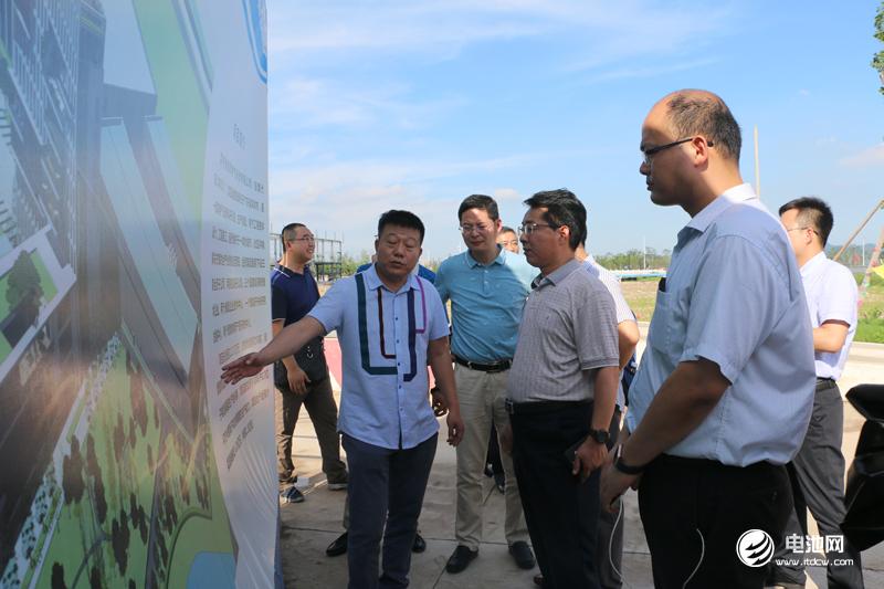 中国锂电新能源产业链调研团一行参观湖州金冠