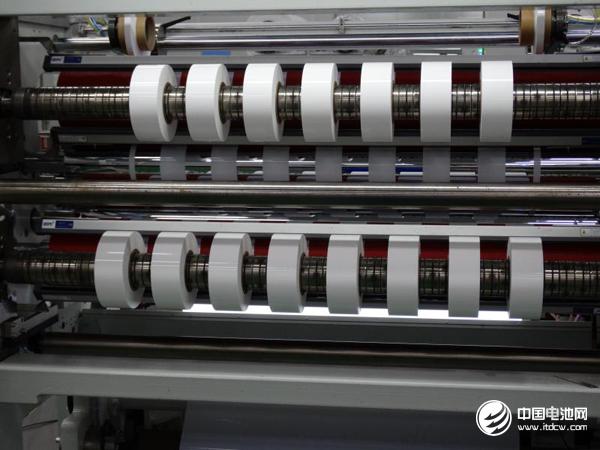 进口替代前景看好 上市公司抢滩锂电池隔膜领域