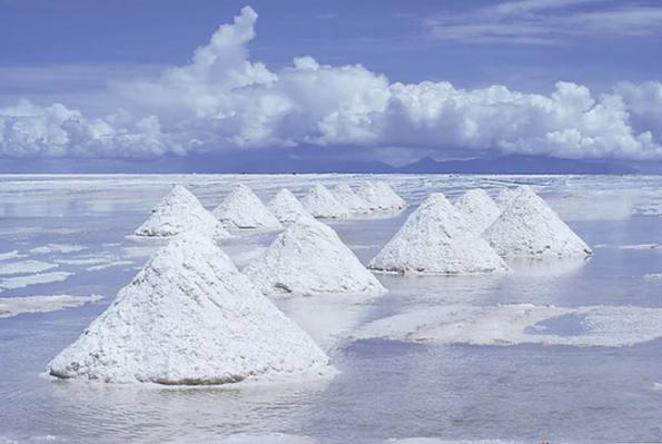 磷酸铁锂需求回暖 三元市场集中度提高