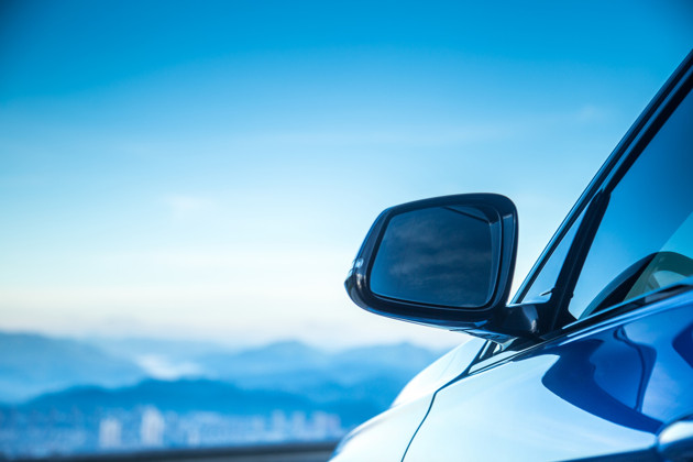 """前7月新能源车销量逼近50万辆 """"前高后低""""走势有望打破"""