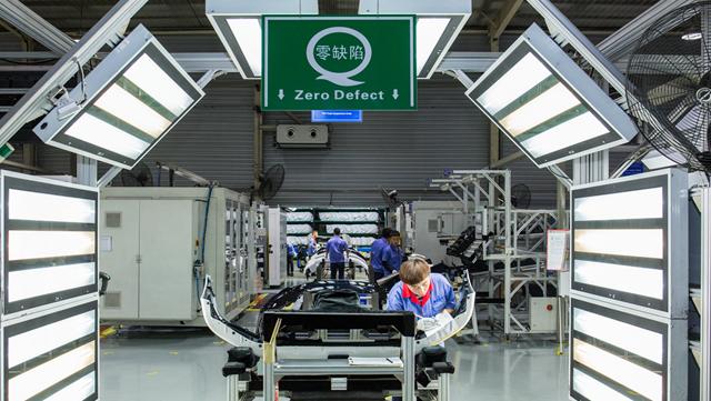 智能电动车供应链重构 自主零部件企业虎口夺食