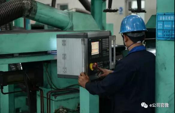 方大炭素总经理:三年内石墨电极需求要增加20万吨