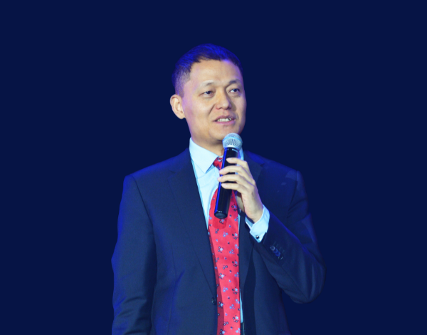 第8届(2018年)中国电池行业年度人物:高云峰