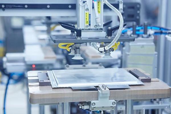 SKI约12亿美元在匈牙利建第三座电池工厂!珠海冠宇软包锂电池奠基