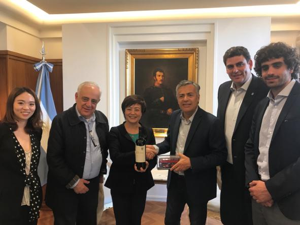 再拓新市场 阿根廷首个纯电动大巴订单花落比亚迪