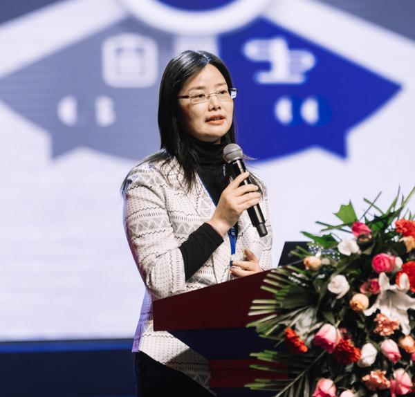 中航锂电科技有限公司董事长、总经理刘静瑜