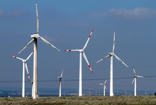 政策持续放开 利好外商投资中国新能源