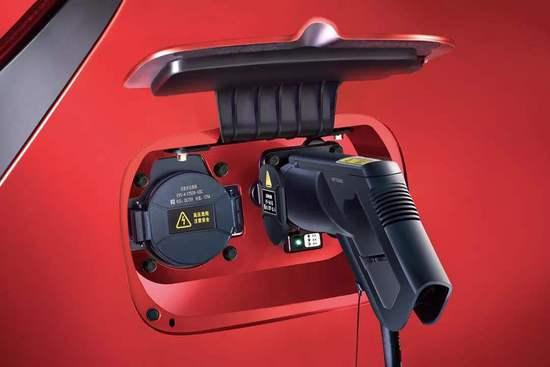 合资新能源车型投放加速 动力电池仍面临产业挑战