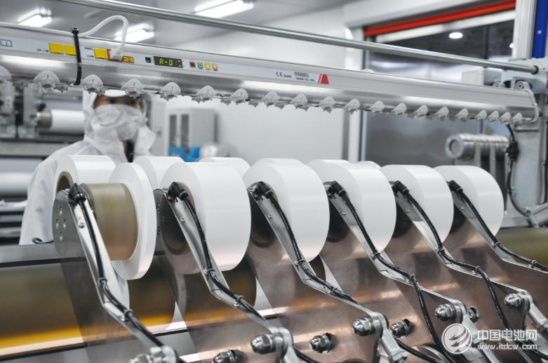 """【隔膜周报】隔膜产能大跃进下企业靠什么分""""蛋糕""""?恩捷股份今年锂电隔膜目标发货10亿㎡"""