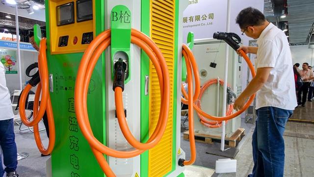 电池成本快速下降 能源系统转型前景光明