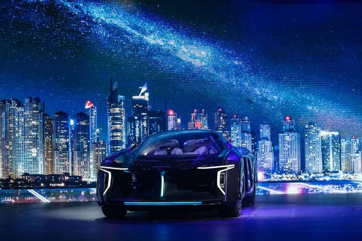 """新造车企业华人运通的""""生意经"""":绑定地方智慧出行能否成功?"""