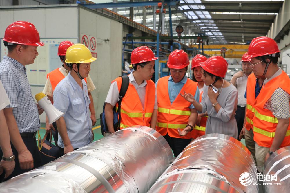 鼎胜新材拟1亿收购鼎福铝业剩余25.15%股权 加码电池箔业务