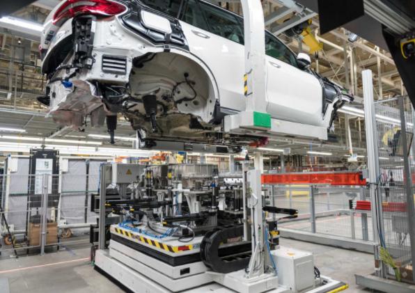 为支持新电动车型 宝马最大工厂的电池产能翻倍