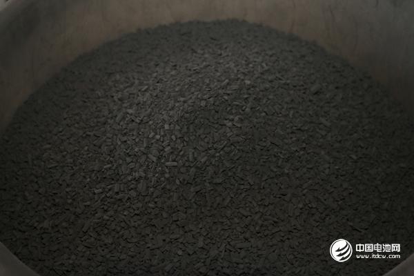 【正极材料周报】三元材料价格小幅回弹 下半年氢氧化锂与碳酸锂价差将缩小