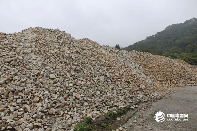 2月我国生产正极材料1.52万吨:三元材料0.67万吨 磷酸铁锂0.42万吨