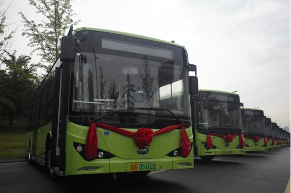 比亚迪纯电动公交车 图片来源:企业供图