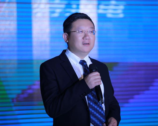 2019年中国电池行业首席技术官:鞠强