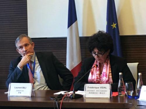 法国加码新能源汽车购置补贴 消费者为何仍不买账?