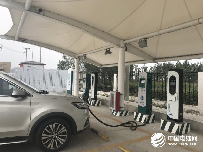 汽车消费潜力释放 新能源车充电方便受青睐