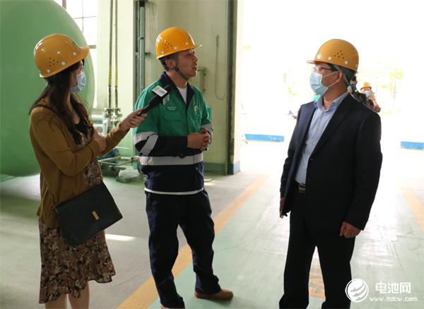中国电池新能源产业链调研团一行参观调研金川粉体公司