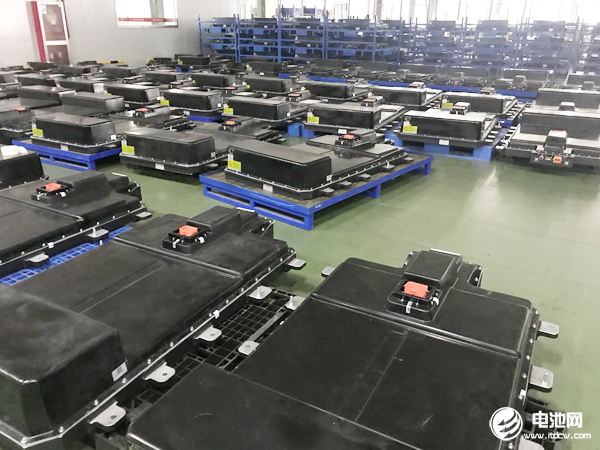 5月动力电池装机环比微降 四大正极材料合计产量约3.48万吨