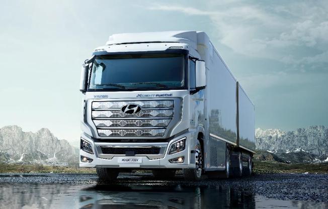 现代向瑞士交付首款燃料电池重型卡车XCIENT 续航达400公里