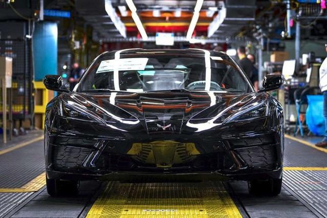摆脱排放法规限制 分析师:电动车型换代周期较燃油车或将延长