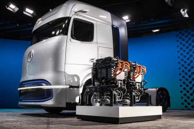 戴姆勒发布卡车电动化战略 续航将超10