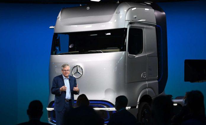 梅赛德斯-奔驰GenH2卡车