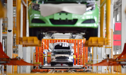 Domestic auto firms ramp up chipset R&D to thwart curbs