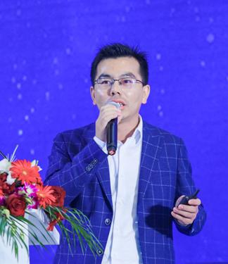 吴辉-伊维经济研究院研究部总经理、中国电池产业研究院院长