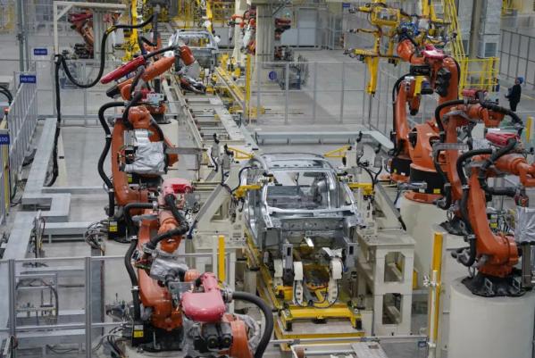 宝能汽车西安基地建成投产 规划总产能100万辆