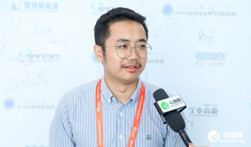 镭煜科技研发副总经理龙国斌
