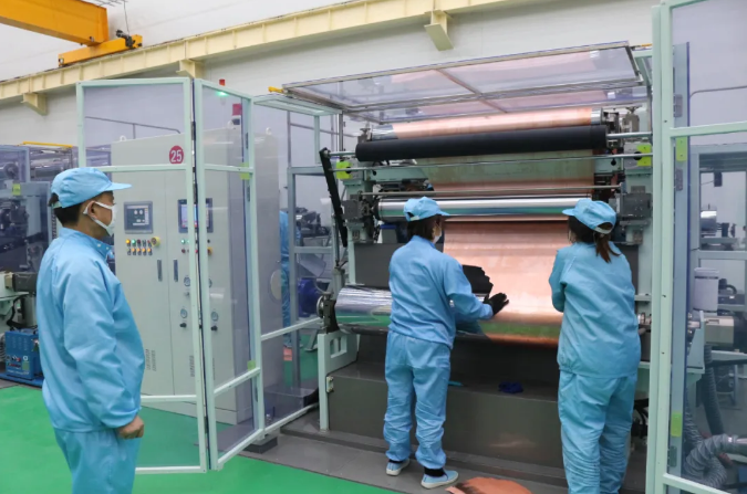 2#厂房二段生箔机顺利出箔 宝鑫电子锂电铜箔年产能升至3万吨