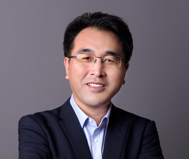 新乡天力锂能股份有限公司董事长王瑞庆