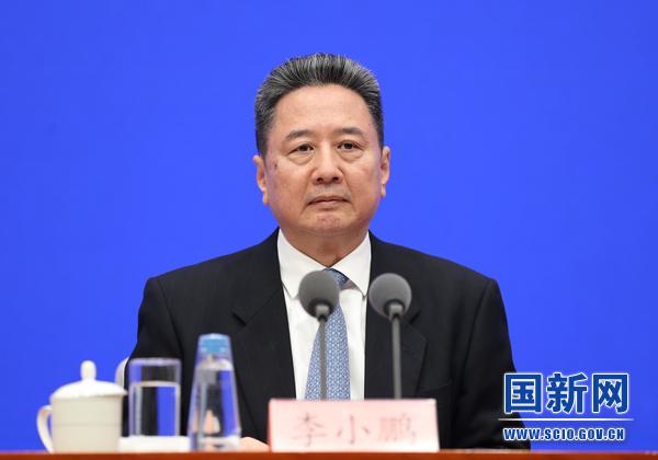 交通部部长李小鹏:我国公交系统已推广41万多辆新能源汽车