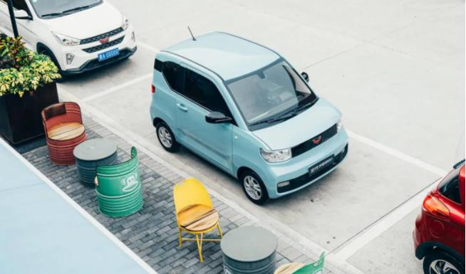 上汽集团一季度销售新能源车15万辆 智能电动等创新领域拟5年投3000亿