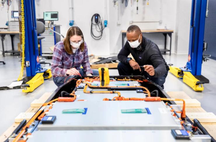 福特汽车成立全球电池创新中心 投1.85亿美元加码动力电池研发