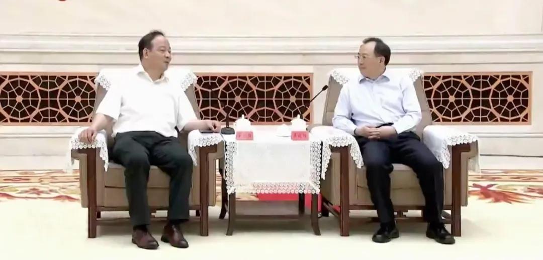 江苏省长吴政隆会见宁德时代董事长曾毓群一行