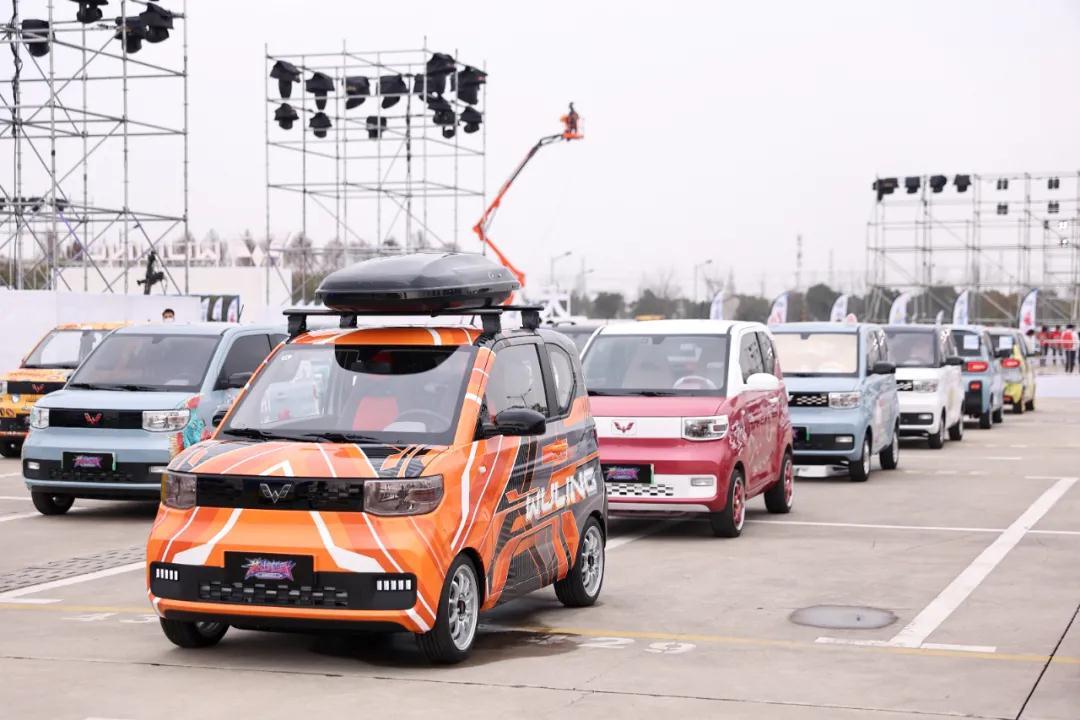 9月宏光MINIEV零售35169辆!连续13个月居中国新能源车销冠